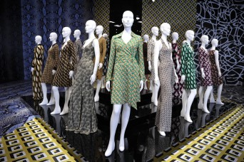 dvf-exhibit03